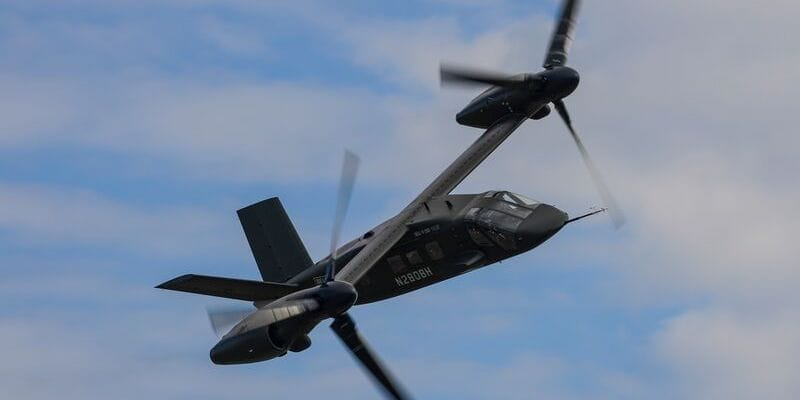 Bell V-280 in flight. The Bell V-280 is Bell's entry to the U.S. Army's Future Long Range Assault Aircraft (FLRAA) and Future Vertical Lift (FVL) competition.